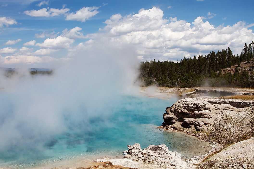 Высокая теплота испарения воды