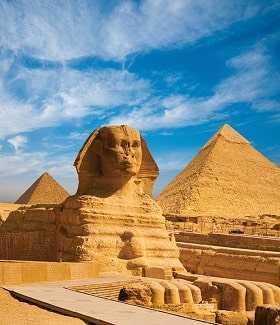 Египетские пирамиды и сфинкс